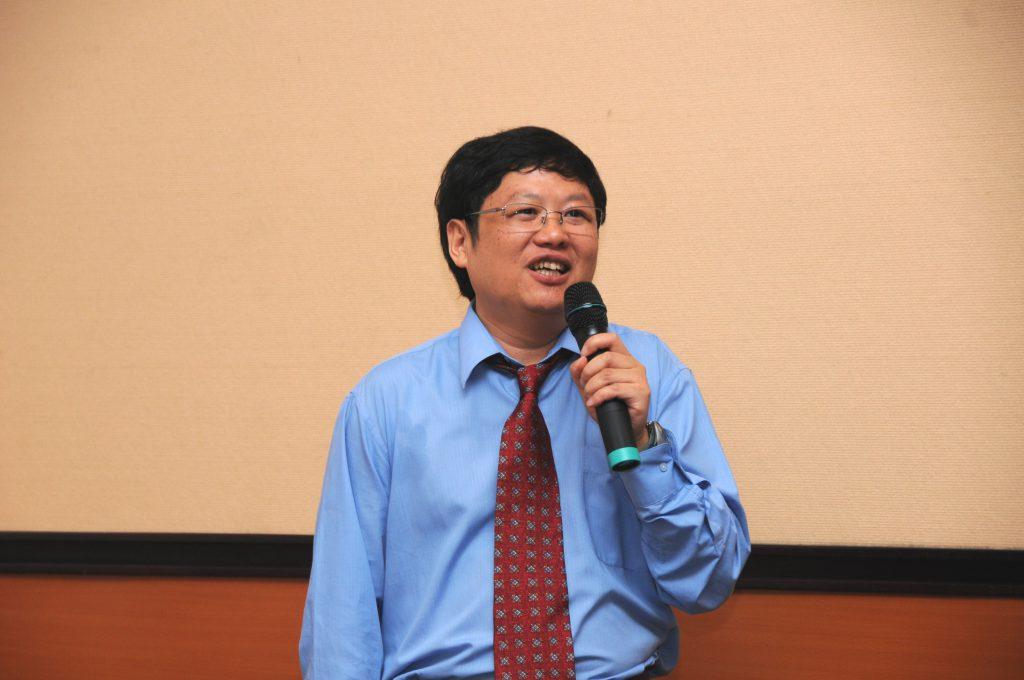 "Is economics a mathematical science? Former Deputy Director SUN Yeneng <i class=""fas fa-video""></i>"