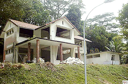 Front left view of house 3