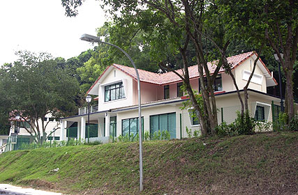 Front right view of house 3